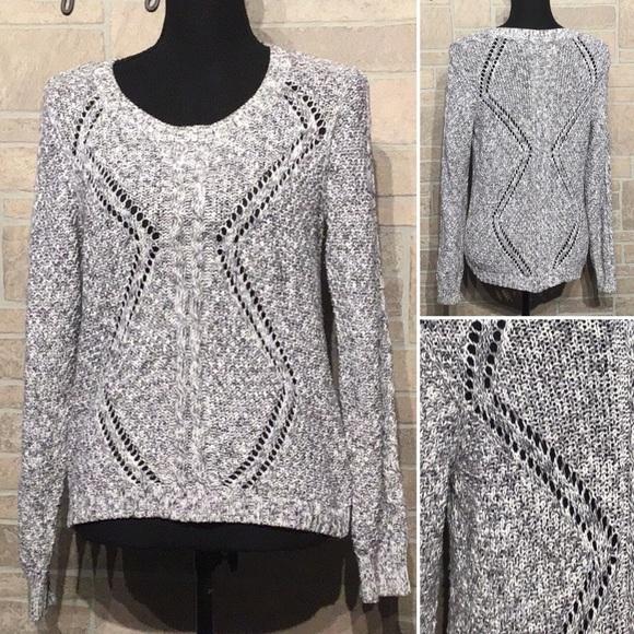 Sonoma - Sz M - pattern knit hole sweater - unique